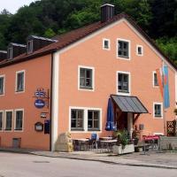 Hotel Pictures: Gasthof zum Brunnen, Mörnsheim
