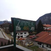 Hotel Pictures: Haus Alpenfriede, Maurach