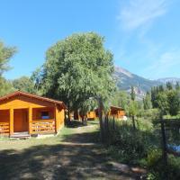 Hotel Pictures: Camping, Hôtel De Plein Air Les Cariamas, Chateauroux-les-Alpes