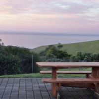 Seaspray Two-Bedroom House with Ocean View - 705 Blue Johanna Road