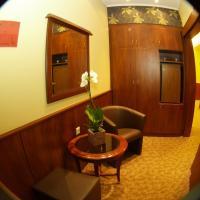 Junior One-Bedroom Suite