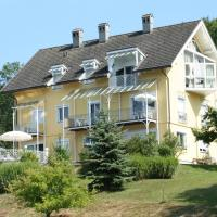 Hotel Pictures: Buchenheim Apartments, Reifnitz