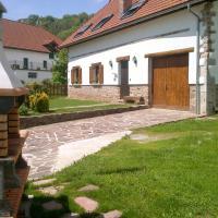 Hotel Pictures: Borda Tulubio, Garralda