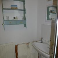 Twin Room with Private Shower