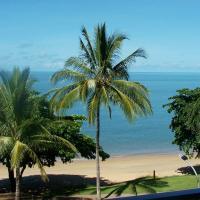 Hotel Pictures: Beachfront Apartments on Trinity Beach, Trinity Beach