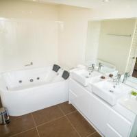 Two-Bedroom Apartment - Beachfront