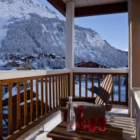 Double Room with bath and balcony with Mountain View
