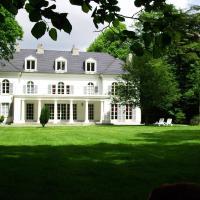 Hotel Pictures: Chateau de la Garenne, Guînes