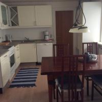 Hotel Pictures: Solsidens Apartment, Hals