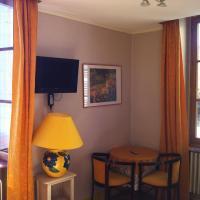 Hotel Pictures: Hotel de Savoie, Annecy