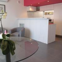 Hotel Pictures: L'Esperluette, Suze-la-Rousse