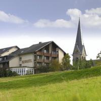Hotel Pictures: Gasthof Deutscher Adler und Hotel Puchtler, Bischofsgrün