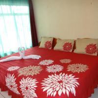 Hotel Pictures: Sloth Backpackers Bed & Breakfast, Monteverde