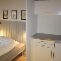 Hotel Pictures: Lystskov Camping & Cottages, Korsør