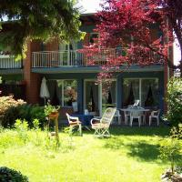 Hotel Pictures: Chez Jean et Daisy, Riehen