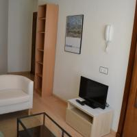 Two-Bedroom Apartment - Calle Correhuela 26