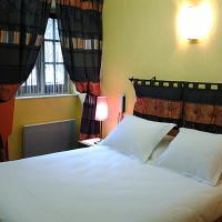 Hotel Pictures: Hotel De La Tour De L'horloge, Dinan