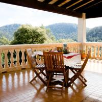 Hotel Pictures: Can Marquesi, Lluc