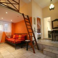 Family Suite with Fireplace - Split Level