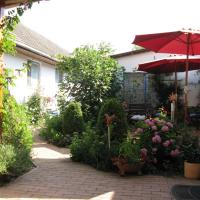 Hotel Pictures: Stieglerhof Apartments, Illmitz