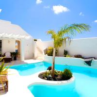 Classic Villa (From 1 to 4 Persons)