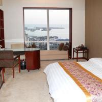 Deluxe Queen Room with Sea View