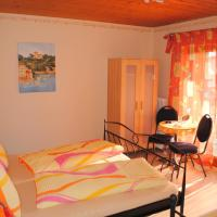 Two Room Apartment (2-6 Adults)