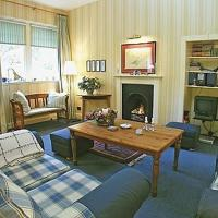 Hotel Pictures: Stable Cottage, Dunkeld