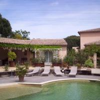 Hotel Pictures: Les Glycines, Grimaud