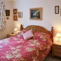Hotel Pictures: Boat House Cottage, Pevensey