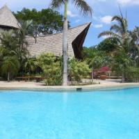 Hotel Pictures: El Sabanero Eco Lodge, Tamarindo
