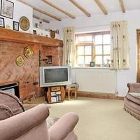 Hotel Pictures: Rose Cottage, Alderminster