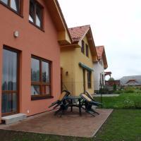 Hotel Pictures: Miraka 339, Frymburk
