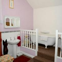Hotel Pictures: Ladywood House Bed & Breakfast, Ironbridge