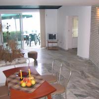 Hotel Pictures: Oasis Apartment Ravda, Ravda