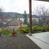 Okanagan Breeze Bed & Breakfast