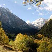 Double or Twin Room with Aneto Hiking Route