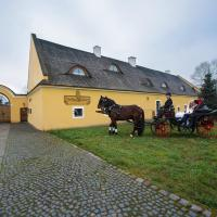 Hotel Pictures: Dvůr Olšiny -Hotel and Horse-riding, Karviná