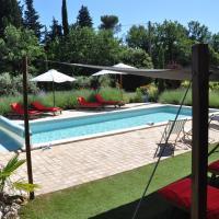 Hotel Pictures: Le Clos Geraldy - Charming B&B et Spa, Saint-Maximin-la-Sainte-Baume
