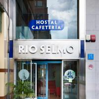 Hotel Pictures: Hostal Rio Selmo, Ponferrada