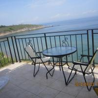 One-Bedroom Apartment with Terrace and Sea View (4 Adults + 1 Child)