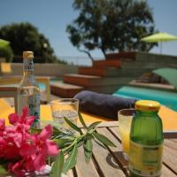 Hotel Pictures: Les Bungalows Du Maquis, Pascialello