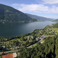 Hotel Pictures: Seecamping Berghof, Landskron