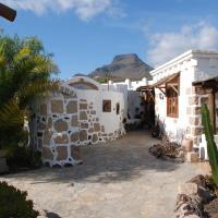 Hotel Pictures: El Cerro de la Luna, Arona