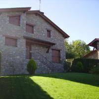 Hotel Pictures: Chalet Urtx Cerdanya, Alp