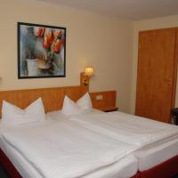 Hotel Pictures: Hotel Alte Schule, Luhden