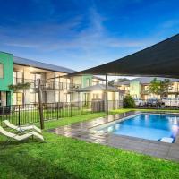 Hotel Pictures: Quest Sale Serviced Apartments & Conference Centre, Sale