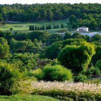 Hotel Pictures: Las Colinas Golf & Country Club Residences, Villamartin
