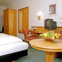 Hotel Pictures: Matchpoint Hotel, Altdorf bei Nuernberg