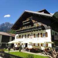 Hotel Pictures: Walch's Camping & Landhaus, Braz